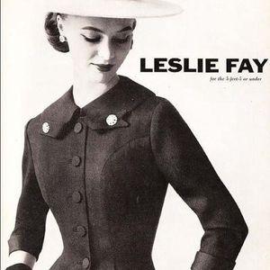 Leslie Fay Jackets & Coats - 🛎3/$15 Leslie Fay emerald green blazer- bow front